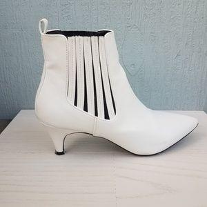 Qupid | White Ankle Boots Booties Kitten Heel SZ9